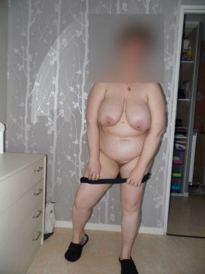Laurencia mitte escort in Dorsten